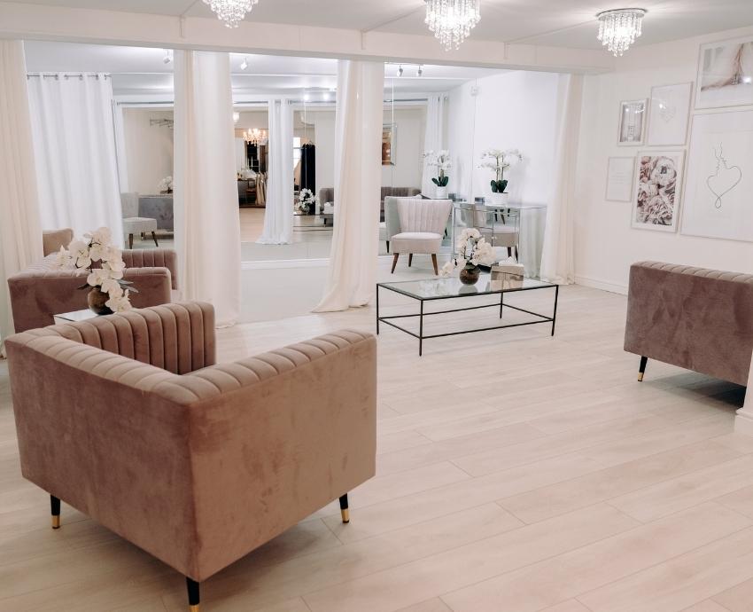 MI - Dress Dreams Inspiring Interiors reception.jpg